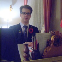 Alexander an seinem Schreibtisch in Herford , 2009