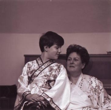 Edith Pusich mit Sohn Alexander,1995