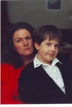 Alexander mit seiner Mutter Edith Pusich geb. Wahl-Walther Gräfin Trenewan , Weihnachten 1992